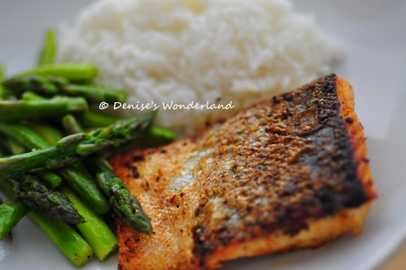 how to cook salmon steak in a pan