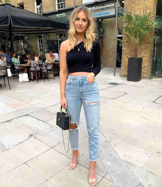 12 Stylish Ways To Wear Mom Jeans