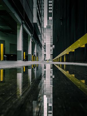 Andres Marin fotografo, fotos cool de la ciudad, edificios, soledad urbana, reflejos