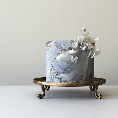 K'Mich Weddings - wedding planning - wedding sliver marble concrete cake - Jasmine Rae