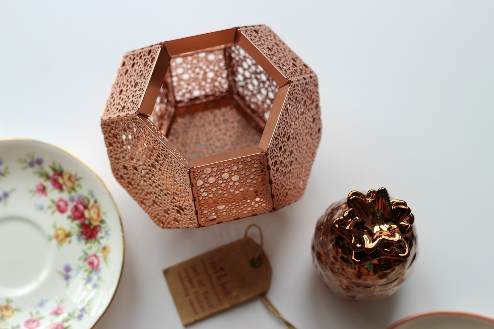 trouva-copper-tealight-holder