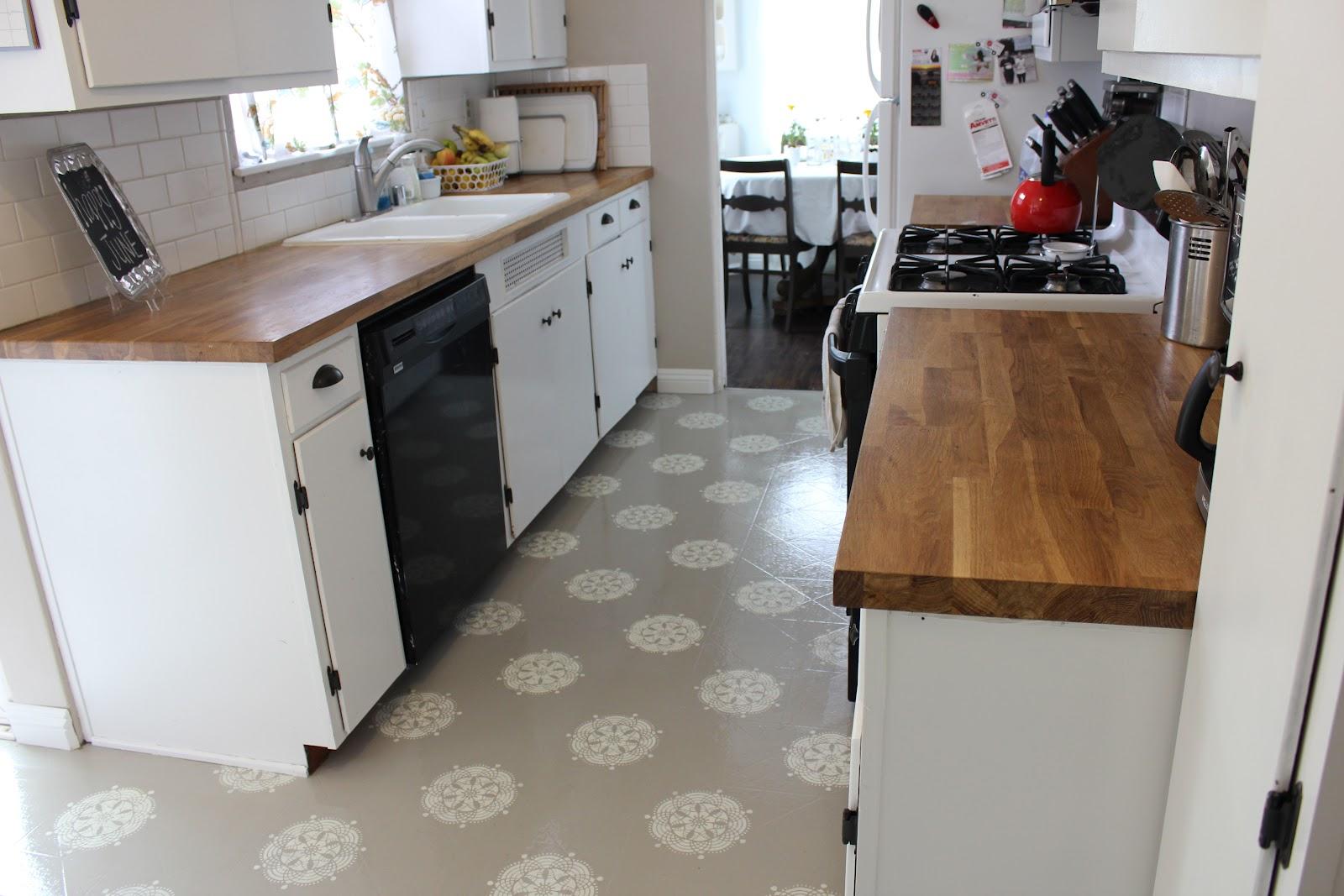 Contoh-motif-lantai-untuk-ruang-dapur-minimalis-menggunakan-bahan-linoleum