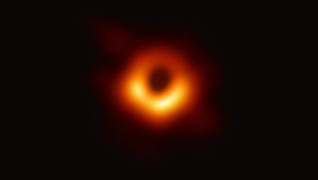 """الثقب الأسود """"مسييه 87"""""""