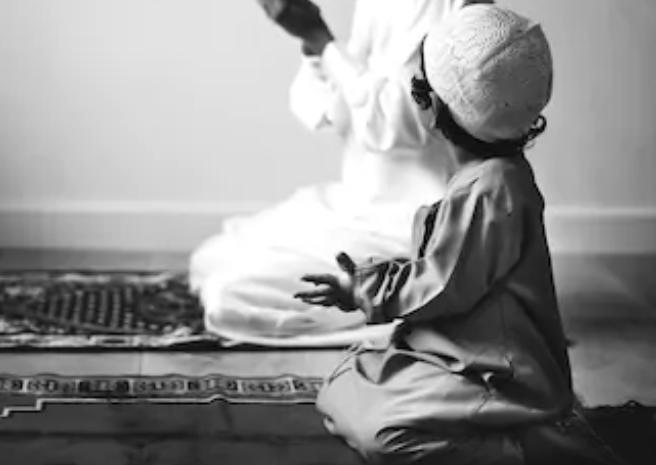 Kumpulan Asmaul Husna Dalam bahasa Arab Latin Beserta Artinya