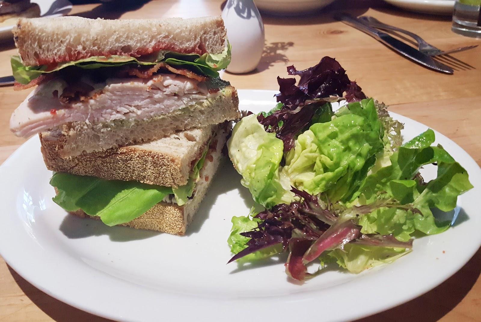 borrowed heaven: Five Favorite Charleston Lunch Spots