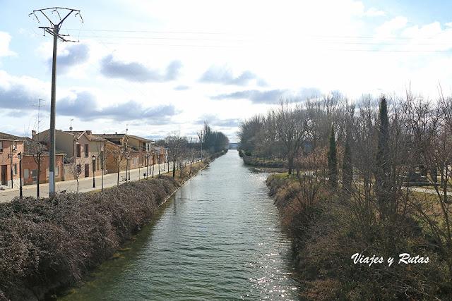 Canal de Castilla en Becerril de Campos