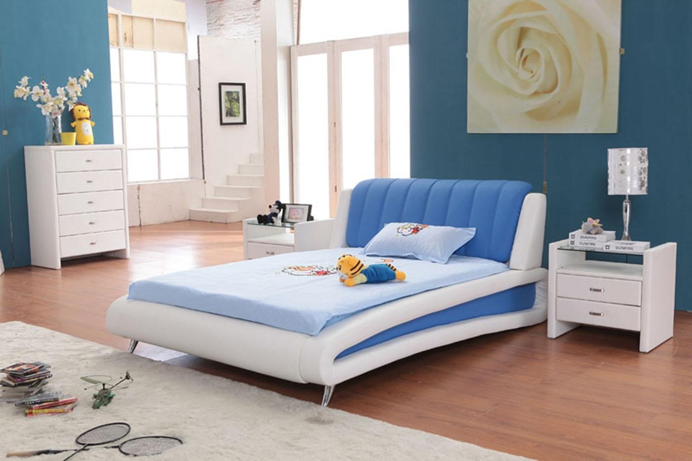 interior kamar tidur warna biru | interior rumah