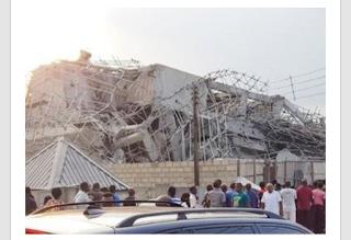 Three-storey building under construction collapses in Ibadan (Photos)