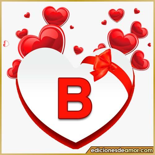 corazones volando con letra B