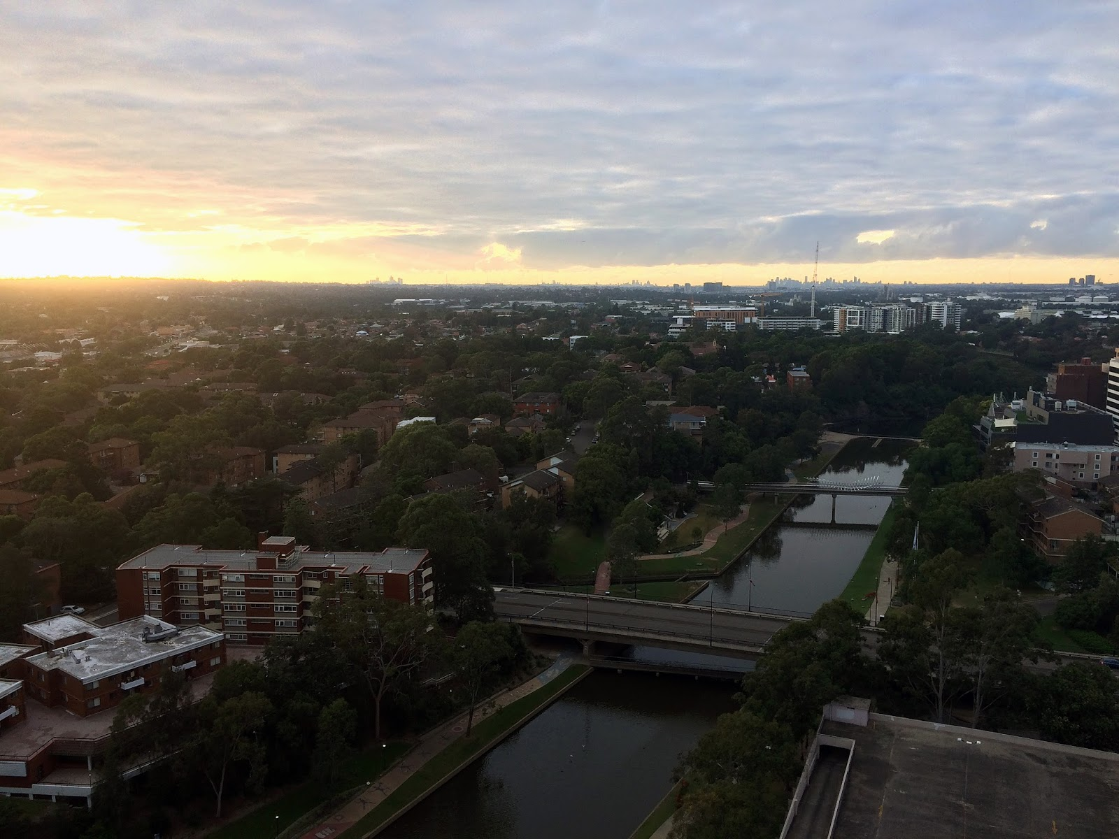 Meriton Church Street Parramatta Sunrise Views