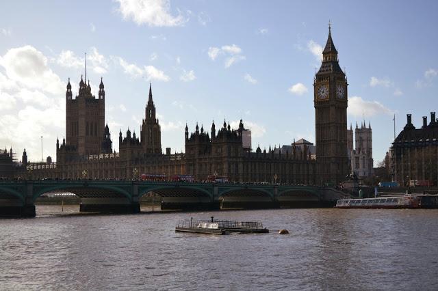 Big Ben em Londres na Inglaterra