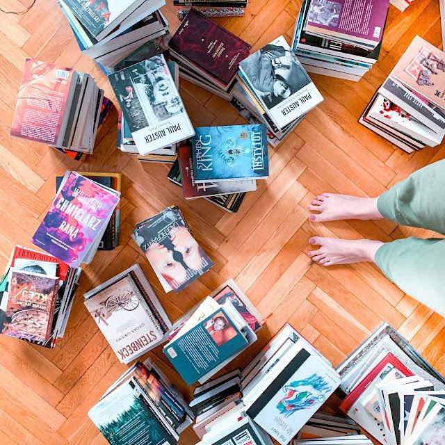[Głośno myślę...] Kiedy bookstagram wejdzie za mocno, czyli o blogerach książkowych