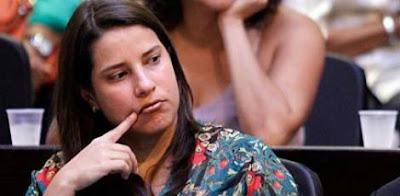 Resultado de imagem para greve caruaru professores raquel lyra