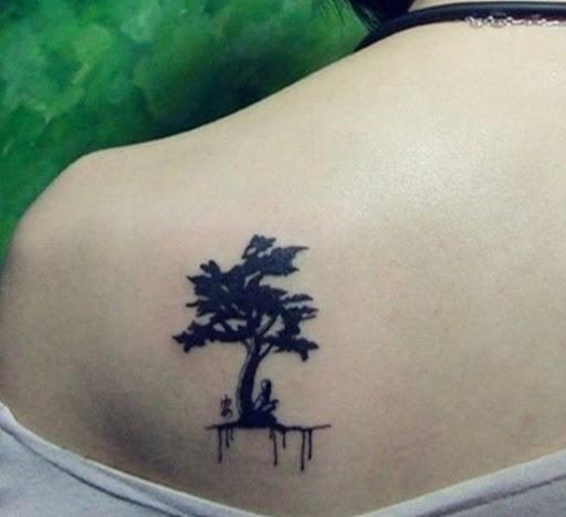 Criativo árvore de projeto da tatuagem