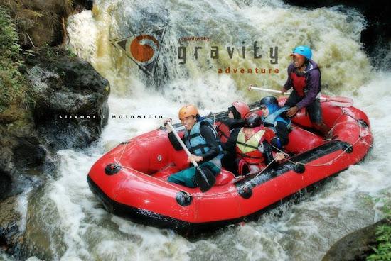 Paket Rafting Pangalengan di Bandung bersama gravity adventure