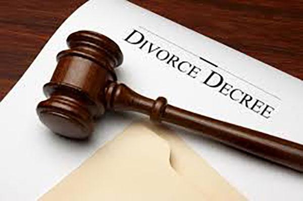 World, Cairo, Divorce