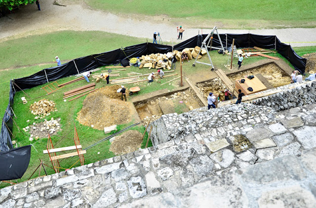Mexico finds water tunnels under Pakal tomb in Palenque