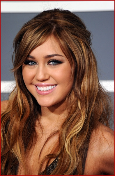 Famous Pretty Girls: Positronicraygun: Miley Cyrus 2011