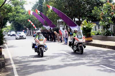 Tim pembuka iring-iringan Presiden Joko Widodo dari Kepolisian.