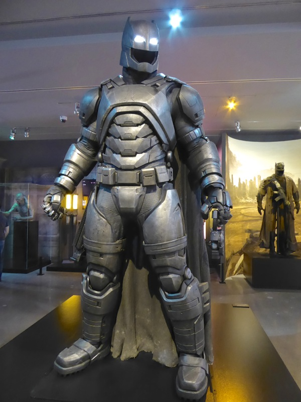 Armoured Mech Batsuit Batman v Superman Dawn of Justice