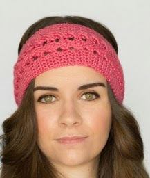 http://translate.googleusercontent.com/translate_c?depth=1&hl=es&prev=search&rurl=translate.google.es&sl=en&u=http://www.hopefulhoney.com/2015/03/braided-rose-headband-crochet-pattern.html&usg=ALkJrhjvJuikZK0oxO20YuuY3VM6NDHteQ