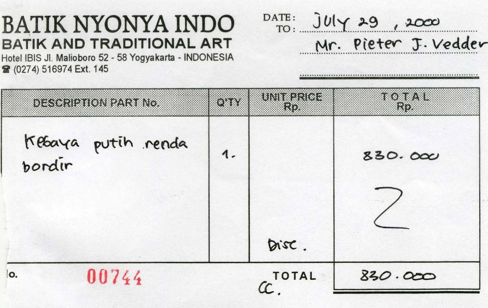 Mariettes Back To Basics My Indonesian Silk Batik Sarong Kebaya Dress Putih Renda A30554 Purchased At Hotel Ibis Jl Malioboro In Yogyakarta Indonesia