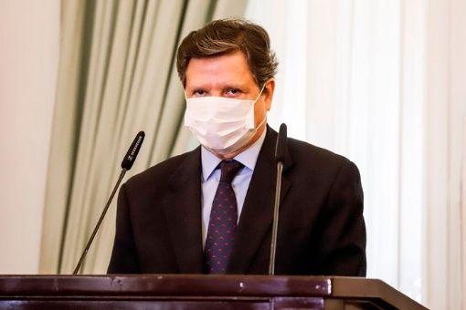 Ministro del Interior de Paraguay da positivo a la Covid-19