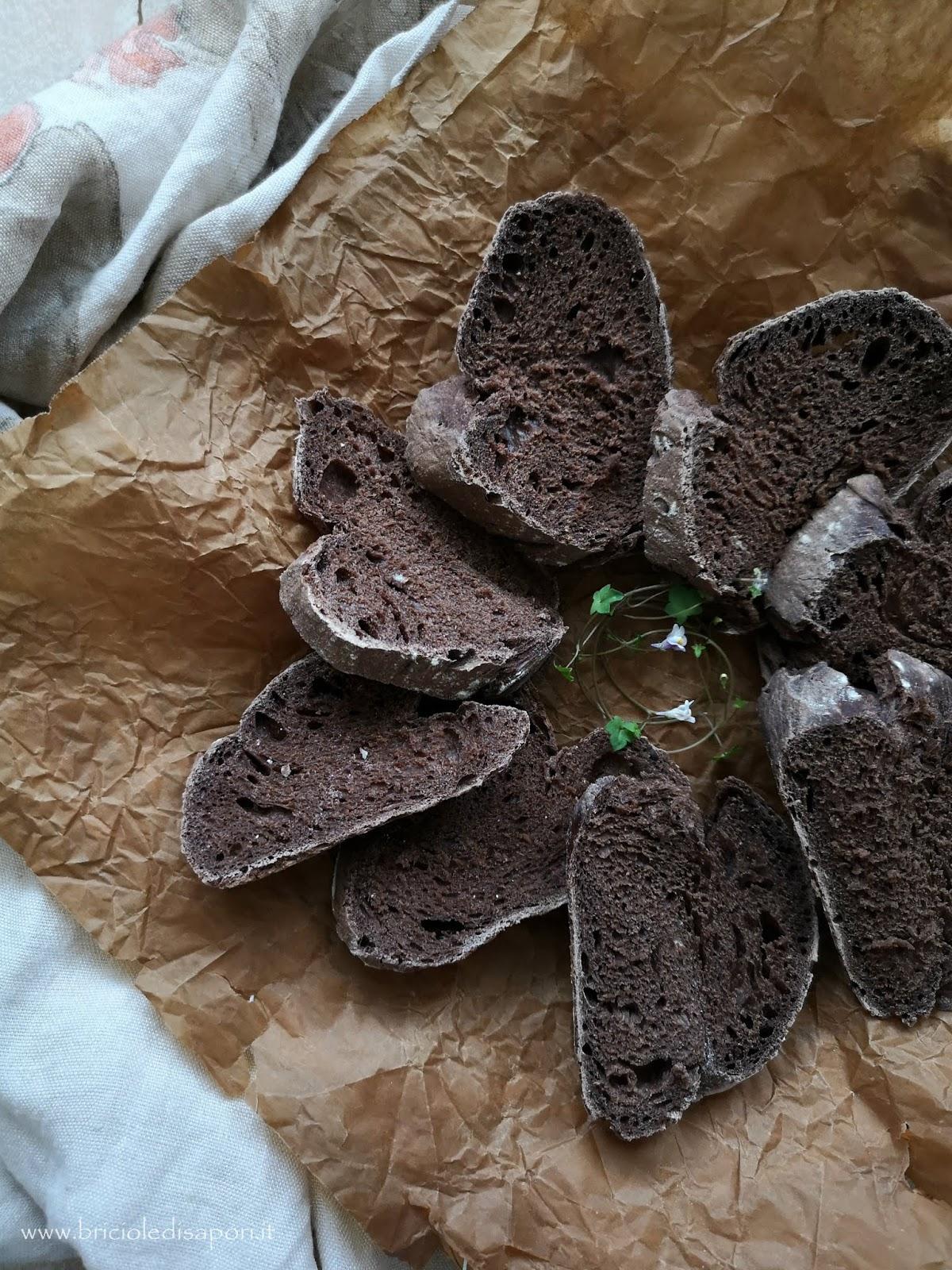 pane fatto in casa al cacao