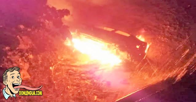 Vehículo explotó al caer por un barranco en Trujillo