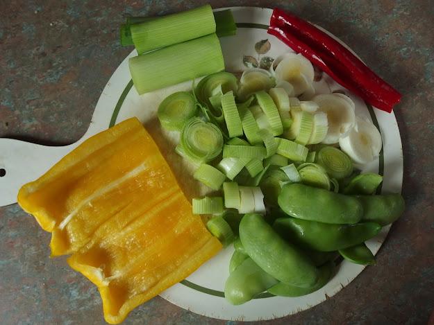 Vegetable ingredients for the stir-fry