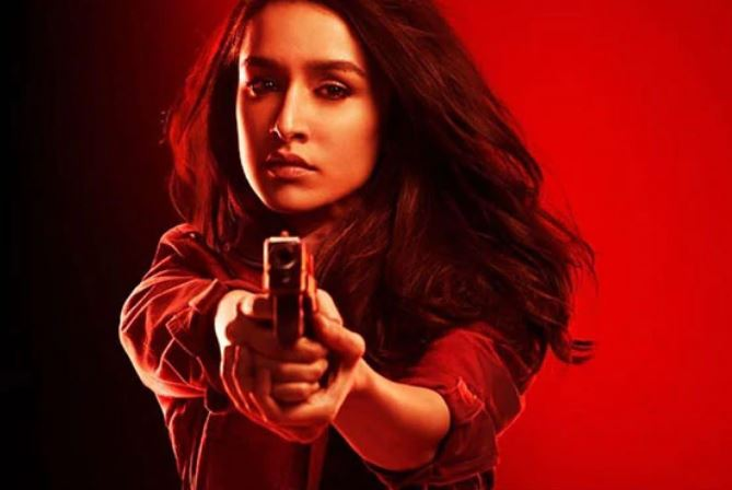 saaho-actress-shraddha-kapoor-angry-over-trees-cut-down-for-the-construction-of-metro-prabhas