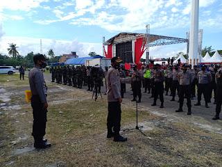 Ratusan Aparat Gabungan Personil Polres Sinjai Dan TNI di Turunkan  Jelang Kedatangan Menteri Pertanian.