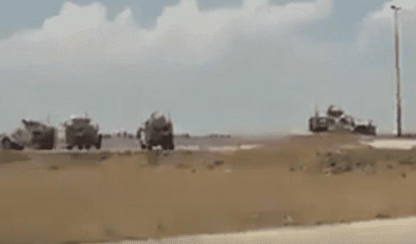 القوات السورية توقف رتل امريكي في القامشلي و تمنعه من دخول المدينة(فيديو)