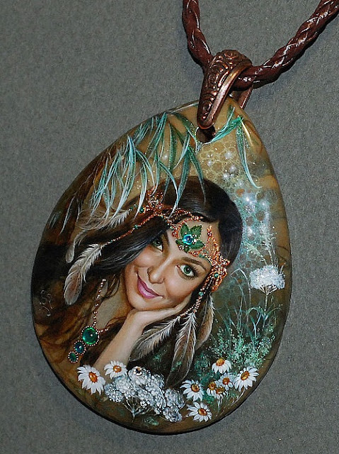 beautiful miniature painting by Svetlana Belovodova