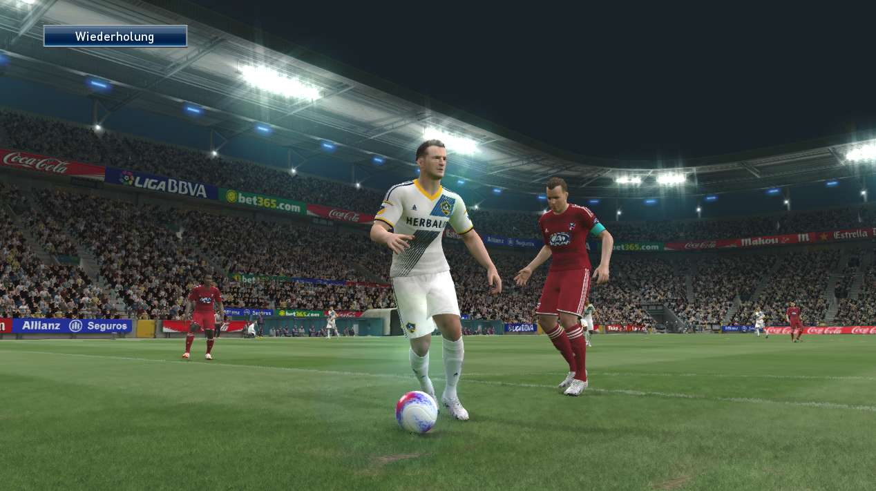 Pesgalaxy PES 2015 Patch 4.00 Screenshot Gameplay by http://jembersantri.blogspot.com/2015/03/pesgalaxy-pes-2015-patch-4.html