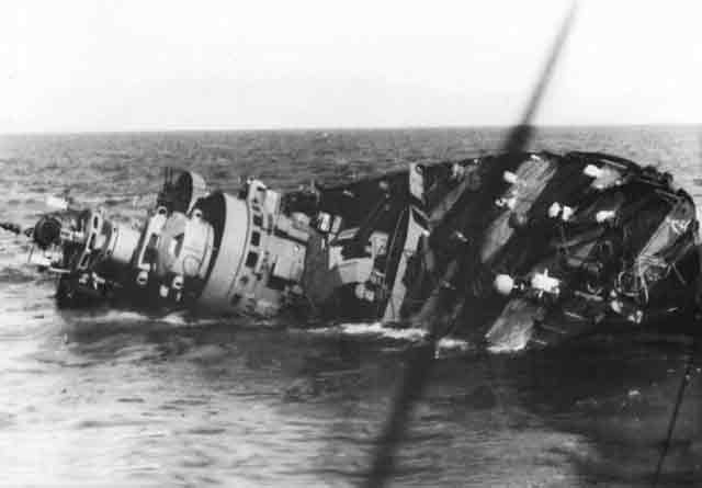 Italian destroyer Libeccio sinking, 9 November 1941 worldwartwo.filminspector.com