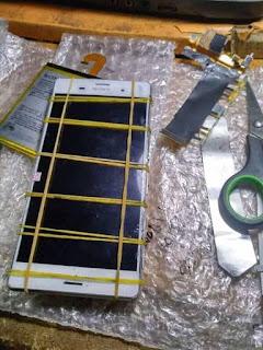 Lem Untuk Memasang LCD dan Touchscreen