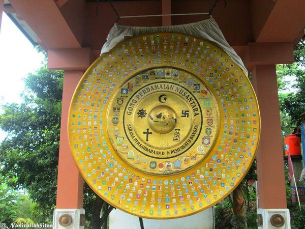 Gong Perdamaian di Plajan, Jepara