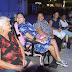 Natal Encantado: Cadeirantes e idosos se divertem em espaço exclusivo