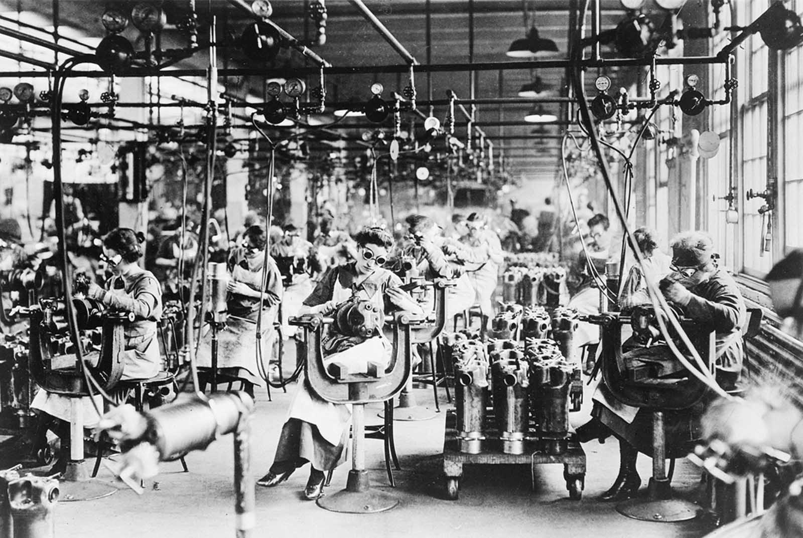 Women working in the welding Department of the Lincoln Motor Co., in Detroit, Michigan, ca. 1918.