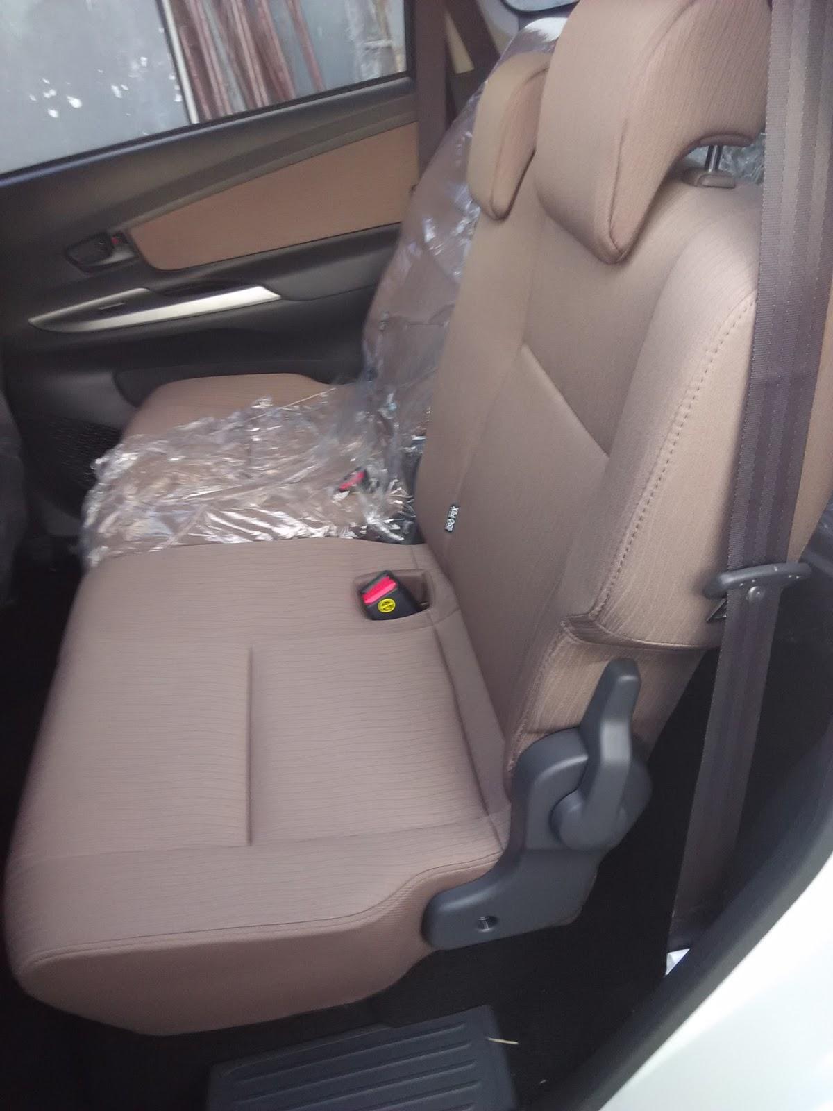 Jok Grand New Avanza Oli All Kijang Innova Lebih Dekat Dengan G 1 3 Dikta Toyota Informasi Baris Ke 2 Tambahan Center Head Rest