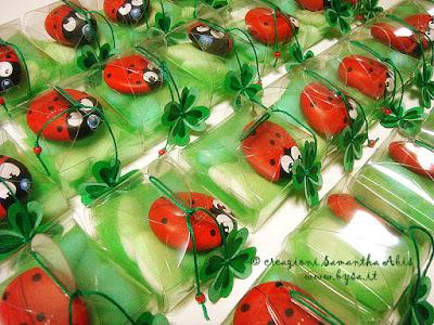 prezzi sassi dipinti coccinelle bomboniere battesimo