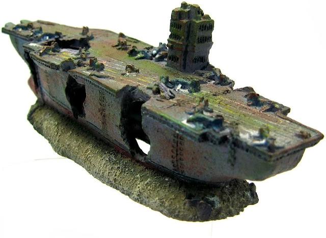 Aircraft-Carrier-Battleship-Aquarium