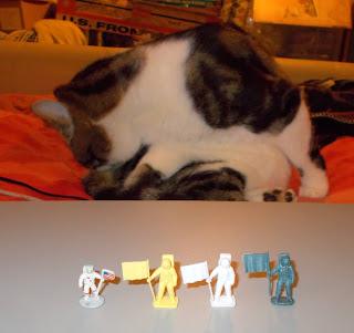 01741; 01741-7; 4D Puzzle Model; 4D Puzzle Models; A00741V 08 525; Airfix; Airfix 1971; Airfix Clones; Airfix Vintage Classics; Aliens; Astronauts; Astronits; Civilian; Fame Master; Fancy It Agencies; Giant Aliens; Giant Plastics Corp; Hing Fat; HO/OO; JE Toys; Jean Höffler; Jean Hoefler; Lev Prokoliev; Lew PROKOLIJEW; Lion; Moon Landings; Moon Rover; Moon Shot; NASA; Novelty Headquaters Inc.; PMS; Polish Toy Soldiers; R&L Astronits; Space; Spacemen; TUSZYN TRANSFER UL NO 3; Wing Mau; Woolbro Rack Toy; Woolbro Spacemen;