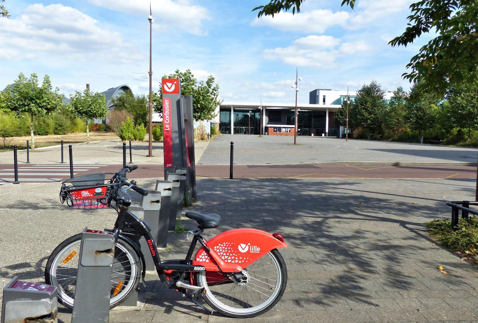 """Location Vélos V'Lille - """"Le Corbusier"""", Tourcoing"""