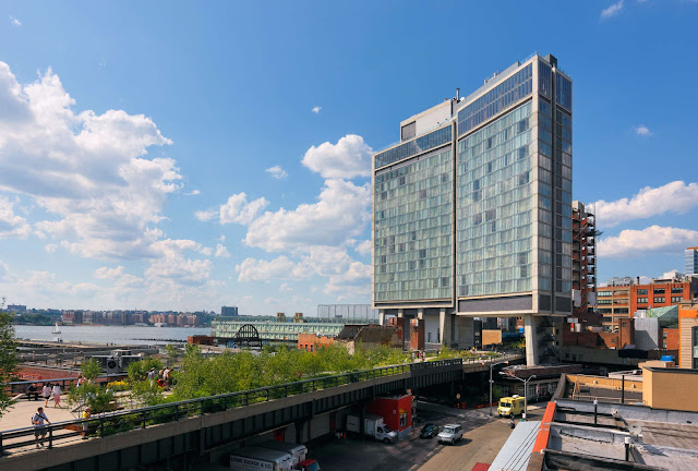 Rising above a former elevated train line that has become downtown's favorite public park, The Standard, High Line is located in New York City's Meatpacking District.