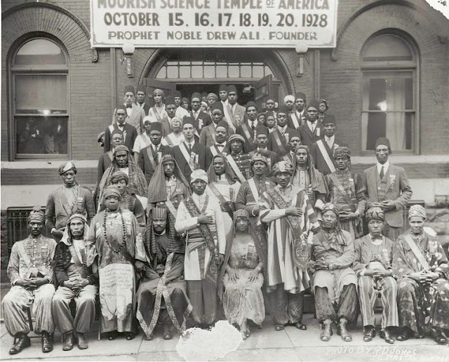 Photo showing MSTA membership during 1928 Convention
