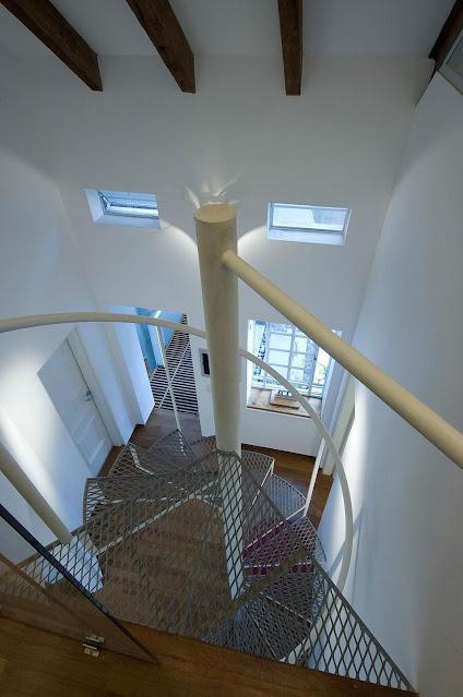 escada-caracol-metal