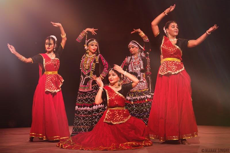 Kathak Dance Fusion With Kalbeliya Folk Dance by Meha Jha Kasliwal & Group from Rajasthan