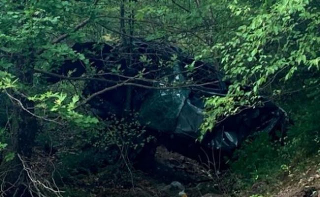 Θανατηφόρα εκτροπή: Έχασε τον έλεγχο και έπεσε με το αυτοκίνητο σε χαράδρα